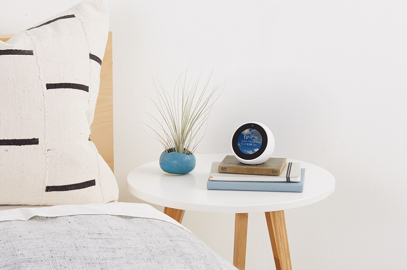 amazon echo spot jetzt vorbestellbar ab dem. Black Bedroom Furniture Sets. Home Design Ideas